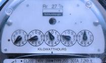 Electric meter showing kilowatt hours (credit Velo Steve)