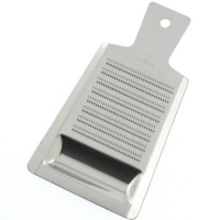 Kotobuki Stainless Steel Grater with Well