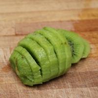 Step 2 - Cut kiwi into slices